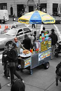 Hot Dog Stand : 25 best ideas about hot dog stand on pinterest hot dog buffet hamburger bar and hot dog parties ~ Yasmunasinghe.com Haus und Dekorationen