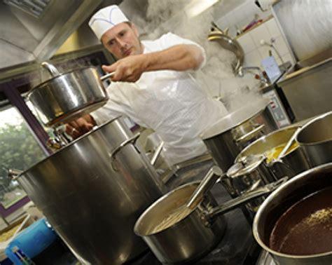 aide de cuisine cuisine fondation silo