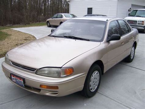 Purchase Used 1996 Toyota Camry Dx Sedan 4door 22l In