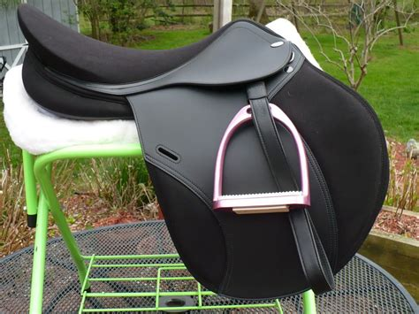 jumping saddle horse saddles tekna riding equestrian brand english tack horses outfits a6 gear probably favorite horsegroomingsupplies pink
