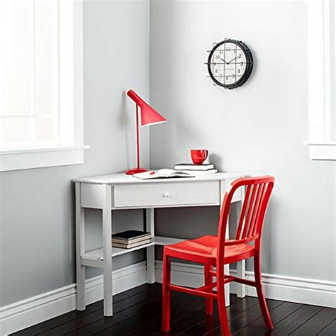 desk for small space living this classically styled desk utilizes a small space for a