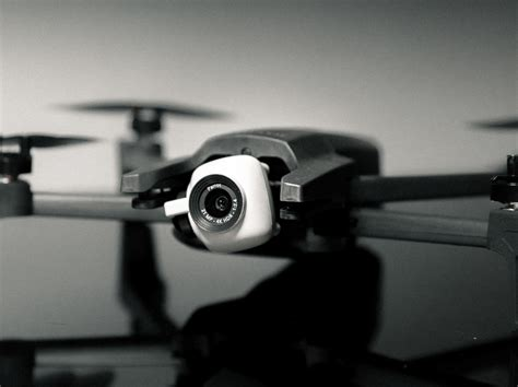 parrot anafi drone review   worth  droneforbeginners