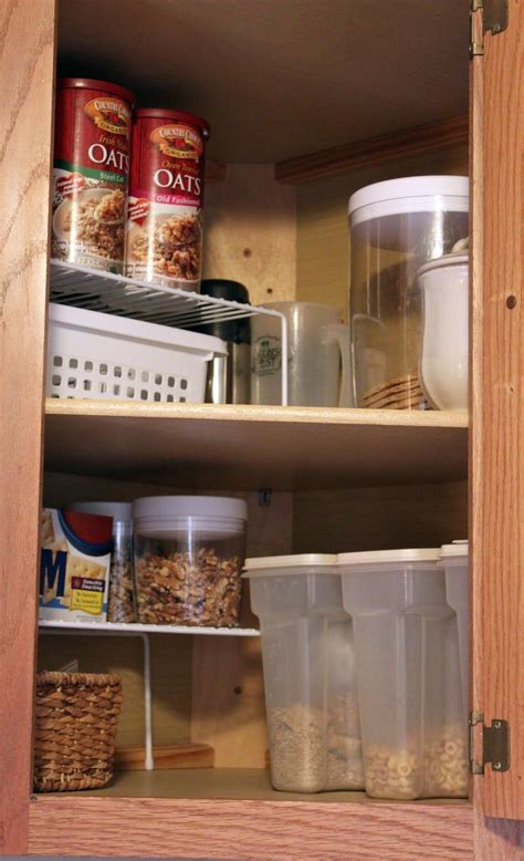 Corner Kitchen Cabinet Organization Ideas by Organizing Idea For Those Awkward Corner Kitchen Cabinets
