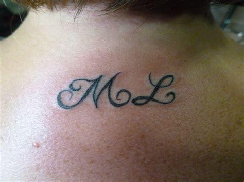 tatouage bas du dos photos de tatouages dans le bas du dos