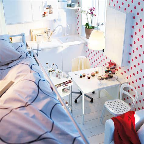 cuisine petit espace ikea gagner de la place dans un petit espace en 10 astuces