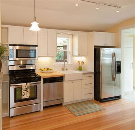 beautiful small kitchen design 17 best ideas about small