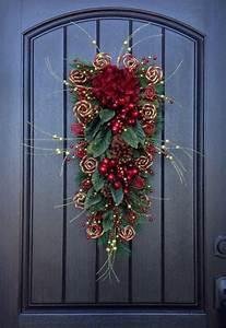 18 Lighted Wreath 25 More Beautiful Christmas Wreaths Nobiggie