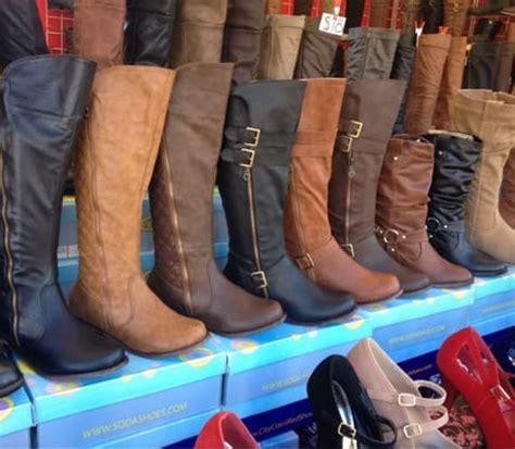 paramount swap meet   thrift stores