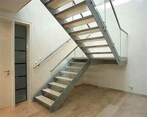 Treppe und gel nder glas stahlkonstruktion for Treppe mit glas