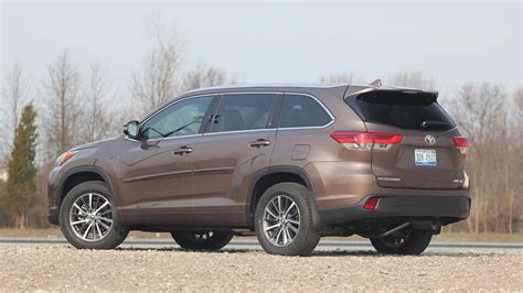 Toyota Highlander Reviews by 2017 Toyota Highlander Review Photo Gallery