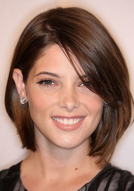 short hairstyles  wide faces