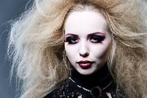 Halloween tutorial: Twilight vampire