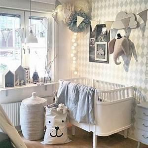Décoration Chambre De Bébé : id es de d co chambre adulte et b b ~ Teatrodelosmanantiales.com Idées de Décoration