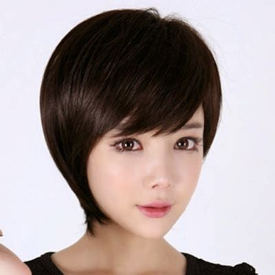 model rambut pendek wanita  gendut harrania