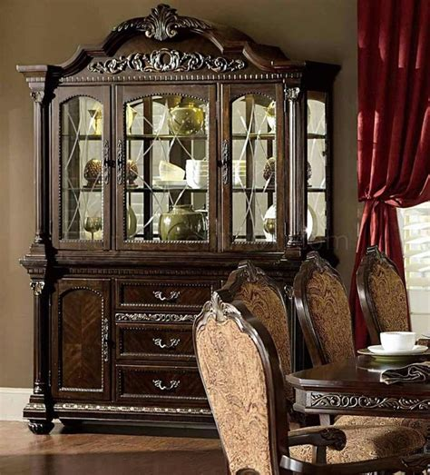 Russian Hill Upholstery by Best 25 Buffet Hutch Ideas On Painted Hutch