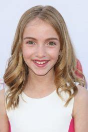 Lauren Orlando's Hairstyles & Hair Colors | Steal Her Style