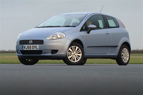 Fiat Grande Punto Hatchback Review (2006
