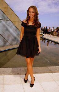 foto de Jennifer Love Hewitt Leg Crossed 8x10 Picture Celebrity
