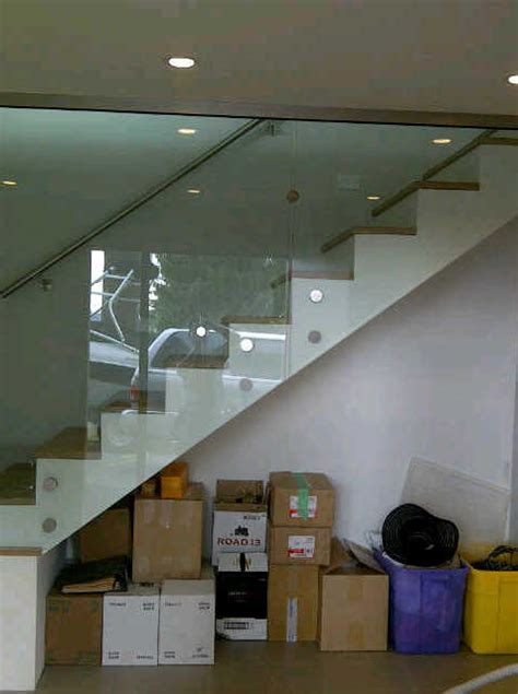 glass railing repair replace  install  vancouver bc