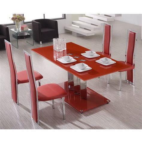 Idees De Meubles Chaises Rouges Pour Salle A Idees De Meubles