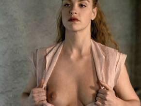 Sipos nackt Jessica  Jessica Sipos