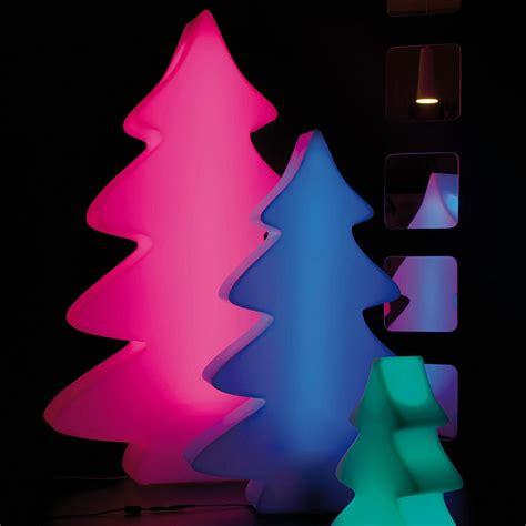 lumenio weihnachtsbaum lumenio led weihnachtsbaum maxi 115 cm h mit fernbedienung