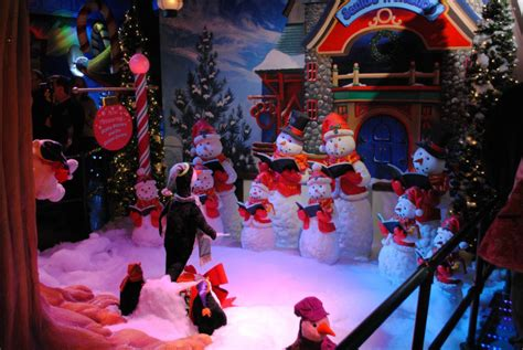 where to find the best winter wonderlands and santa centric events in ny 6sqft