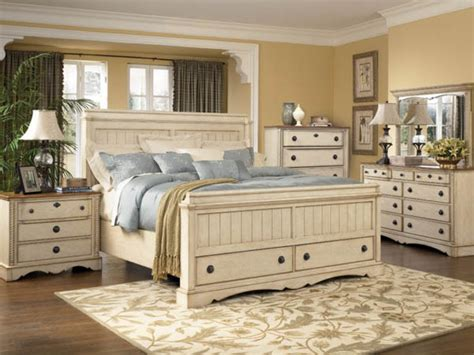 country bedroom furniture decorating ideas and refinishing tips with white country 11305