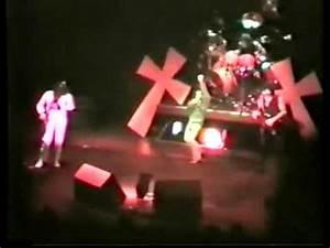 Black Sabbath Iron Man Live At The Hammersmith Odeon K