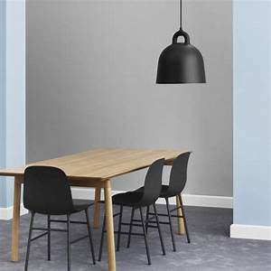 Normann Copenhagen Lampe : bell lamp i sort fra normann copenhagen ~ Watch28wear.com Haus und Dekorationen