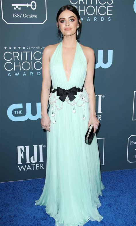 Critics' Choice Awards 2020 Red Carpet Fashion: Celebs in ...
