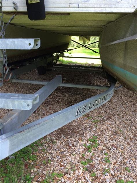 Craigslist Gulfport Pontoon Boats by Let S Renovate A Pontoon Boat The Hull Boating