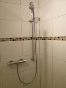 Wasser Sparen Dusche : brauseschlauch der dusche sorgt f r stinkendes wasser update passivhaus bautagebuch ~ Yasmunasinghe.com Haus und Dekorationen
