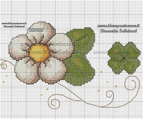 schemi punto croce fiori piccoli schemi punto croce thun angeli girasoli cani gatti gufi