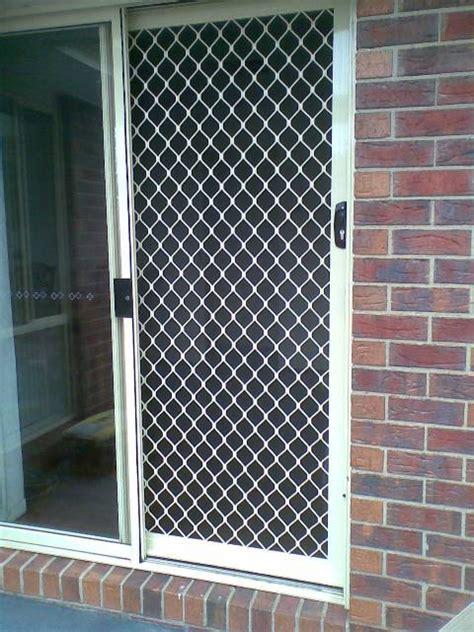 Standard & Decorative Diamond Grille Screen Doors