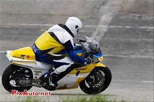 Suzuki Montlhery : iron bikers circuit de linas montlh ry ~ Gottalentnigeria.com Avis de Voitures