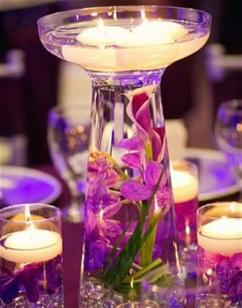 Glass Vase Centerpiece Ideas by Tangled Themed Centerpieces Need Ideas Weddings