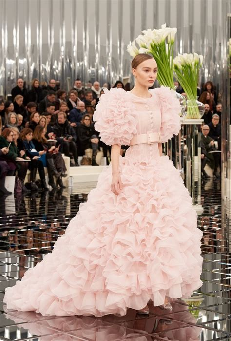 chanel haute couture  spring summer runway