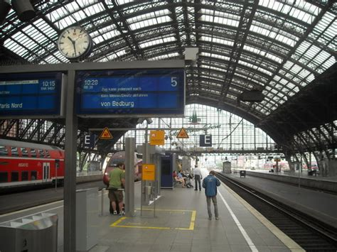 train station koln photo