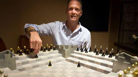 kiwi inventor designs  game   chess stuffconz