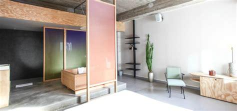 extreme minimalist bathrooms  essential accessories