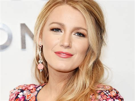 the secret to blake lively 39 s hair is getting haircuts as
