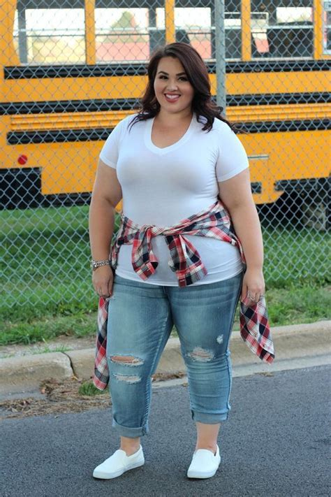 12 cute back to school outfits for curvy girls | School outfits Curvy and School