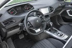 Defaut Nouvelle Peugeot 308 : peugeot 308 restyl e 2017 la nouvelle 308 est pr te photo 8 l 39 argus ~ Gottalentnigeria.com Avis de Voitures