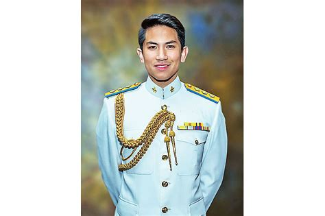 prince abdul mateen von brunei prince abdul mateen promoted to substantive captain in