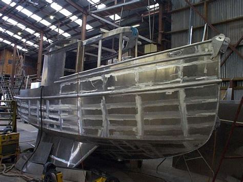 tug yacht boojum