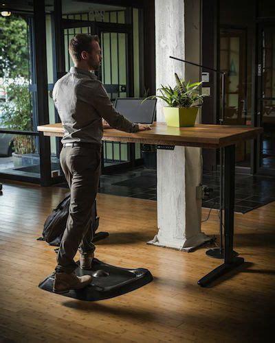 ergo standing desk mat 25 best ideas about best standing desk on