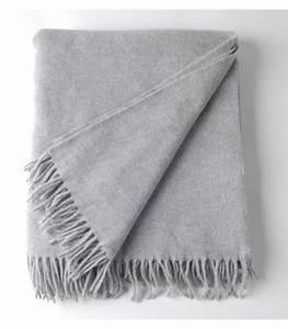 Plaid Gris Clair : plaid laine gris clair must have plaid addict vente en ligne de hors stock ~ Teatrodelosmanantiales.com Idées de Décoration