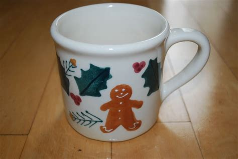 HARTSTONE Mug Gingerbread Holly Leaves 14oz 1982 Pottery   eBay