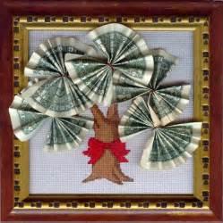 hochzeitsgeschenke selber basteln geld geldgeschenke für hochzeit 22 kreative ideen um viel glück zu wünschen